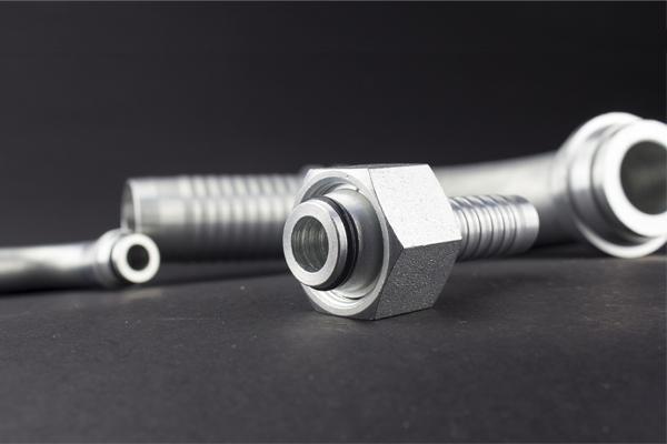 Con de 24 de grade Filet metric DKOL DKOS montaj hidraulic standard