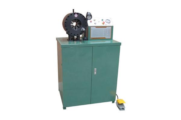 Mașină hidraulică de tăiere a conductelor
